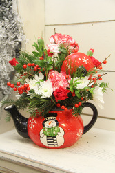 Mrs. Clause's TeaPot